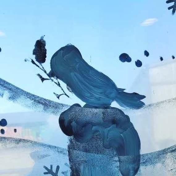 Pour le cube des animateurs une peinture sur vitre à  Noël